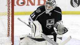 NHL: Los Angeles opäť prehralo, Budaj inkasoval päť gólov