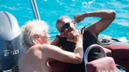 Biely dom vymenil za surf. Obama dovolenkoval s miliardárom