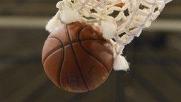 Talentovaný stredoškolák nastrieľal 92 bodov, basketbal má v krvi
