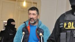 Údajný boss takáčovcov zostáva za mrežami, troch prepustili