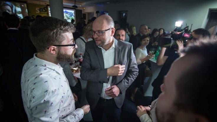 Sulík a Poliačik sa po sporoch stretli medzi štyrmi očami