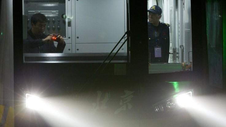 Muž sa podpálil v metre plnom ľudí, zranil viacero cestujúcich