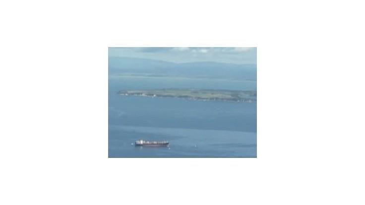Nový Zéland čelí katastrofe, z lode Rena vytiekli do oceánu tony ropy
