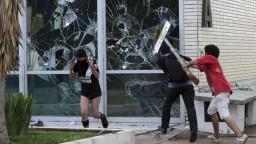 Polícia štrajkovala za vyššie mzdy, brazílsky štát zachvátilo násilie