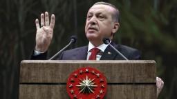 Posilní Turecko právomoci prezidenta? Referendum bude v apríli