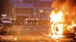 Protesty proti policajnej brutalite sa v Paríži zvrhli na násilnosti