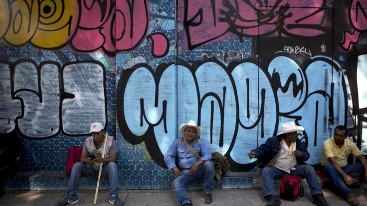 Mexičania žijúci v USA posielajú do vlasti rekordné množstvo peňazí