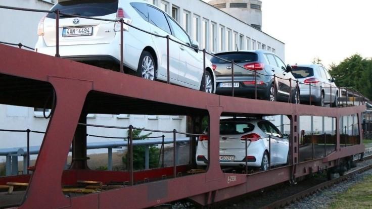 Záujem o autovlak na Slovensku rastie, prepravíte ním aj štvorkolku