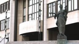 Prieskum: Koalícia by prišla o väčšinu, do parlamentu by sa vrátilo KDH