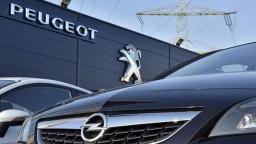 Nemecko sa obáva predaja automobilky, zamestnáva tisíce ľudí