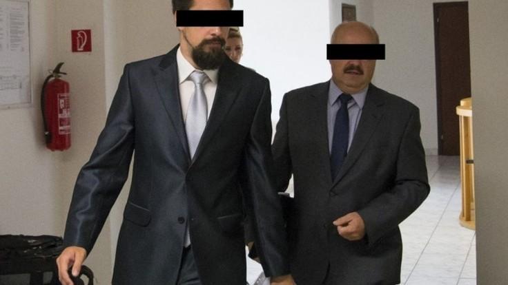Údajný fekálny fantóm mal alibi, súd ho oslobodil
