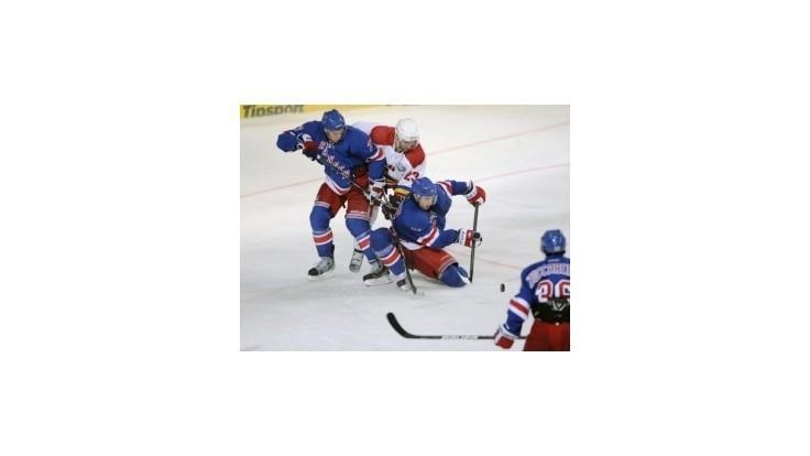 Hokejisti Rangers sú už v play off