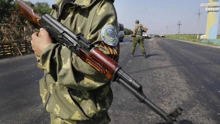 Separatisti chcú obsadiť celý Donbas, Kyjev hlási ďalších mŕtvych