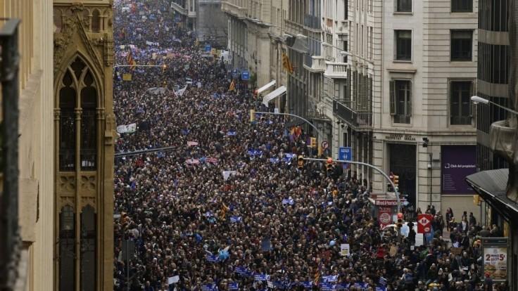 Barcelončania by prijali viac utečencov. Chceme vítať, skandovali