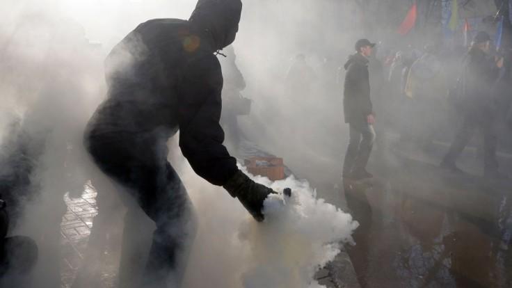Doneckí separatisti plánujú odsun zbraní z frontovej línie