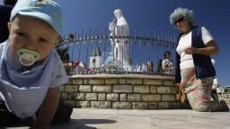 Pápež spochybnil zázračné zjavenia, Medžugorie prichádza o pútnikov