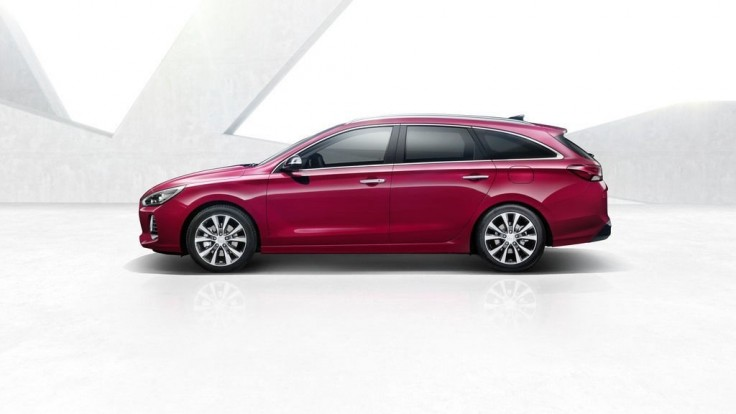 Hyundai i30 aj ako veľmi pekné kombi