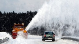 Topiaci sa sneh pod Tatrami spôsobil škody, zasahovali hasiči