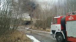 Po výbuchoch v moravských strojárňach hlásia najmenej 19 zranených