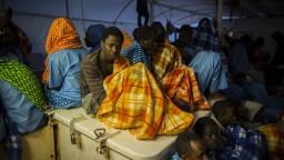 V kontajneri našli desiatky migrantov, mnohí už boli mŕtvi