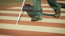 Všeobecná zdravotná znepokojila nevidiacich, chce obmedziť ich liečbu