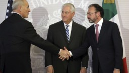 Minister Kelly v Mexiku: USA neplánujú masové deportácie