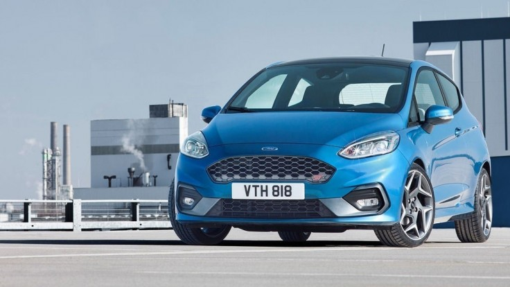 Ford Fiesta ST má výkon 200 koní. Jazdí na tri aj dva valce