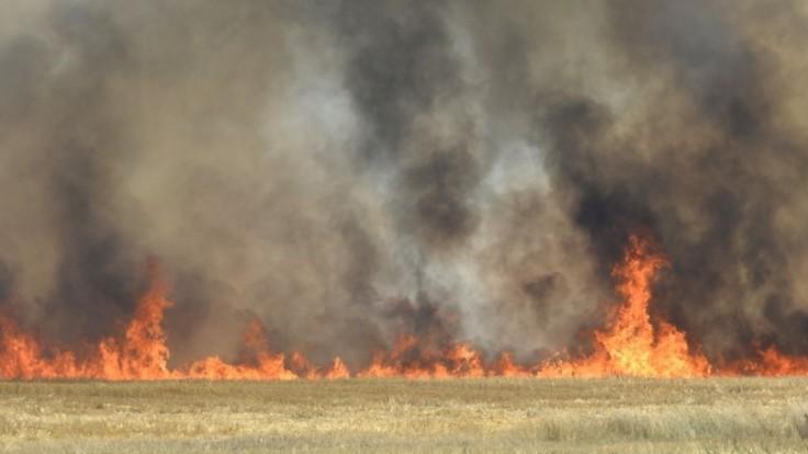Nad Krompachmi vypukol požiar, zasiahol desiatky hektárov lesa