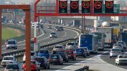 Elektronické diaľničné známky zaznamenali u vodičov úspech