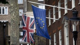 Británia môže o pár týždňov obmedziť vstup Slovákov do krajiny