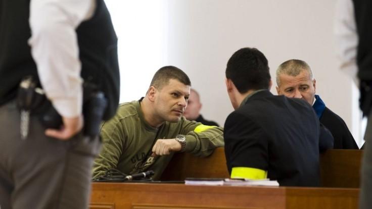Šéf vydieračov, ktorý sa omylom ocitol na slobode, dostal 21 rokov