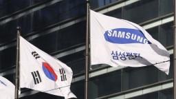 Šéfa Samsungu obvinia z korupcie, firma však obvinenia popiera