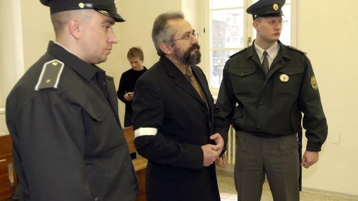 Starý prípad exposlanca Ďuračku sa vracia späť na krajský súd