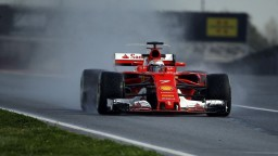 Ferrari ukazuje progres, na záver testov najrýchlejší Räikkönen