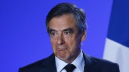 Šéf Fillonovej predvolebnej kampane odstúpi z funkcie