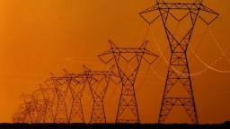 S Maďarskom nás bude spájať nové elektrické vedenie, má zvýšiť zisky