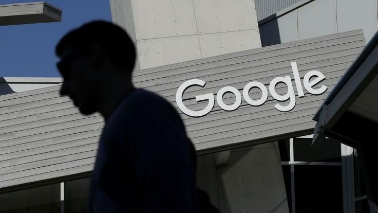 USA pozastavia zrýchlené víza pre špecialistov, pocíti to najmä Silicon Valley