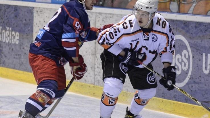 Banská Bystrica je stále na čele, Košice doma prehrali so Zvolenom