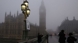 Snemovňa lordov schválila ďalší dodatok k zákonu o Brexite, môže ho spomaliť