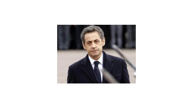 Sarkozy po útoku prvýkrát vedie v predvolebnom prieskume