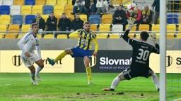 Futbalisti Popradu postúpili do semifinále Slovnaft Cupu