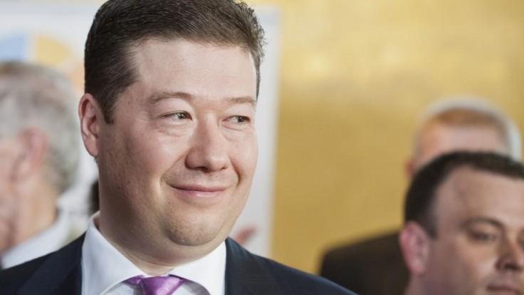 Okamura sa stal druhým najdôveryhodnejším politikom v Česku