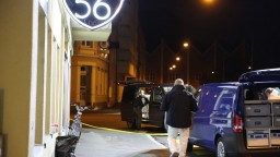 Do bazilejského baru vtrhli útočníci, streľba si vyžiadala dve obete