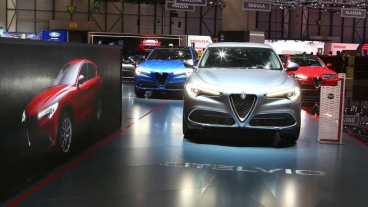 Alfa Stelvio priťahuje pohľady, Taliani prezradili jej uvádzaciu cenu