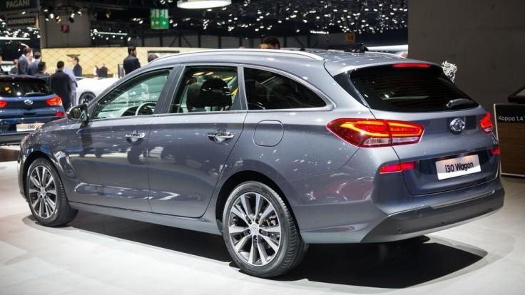 Nový Hyundai i30: kombi ukázali v Ženeve, liftback taja