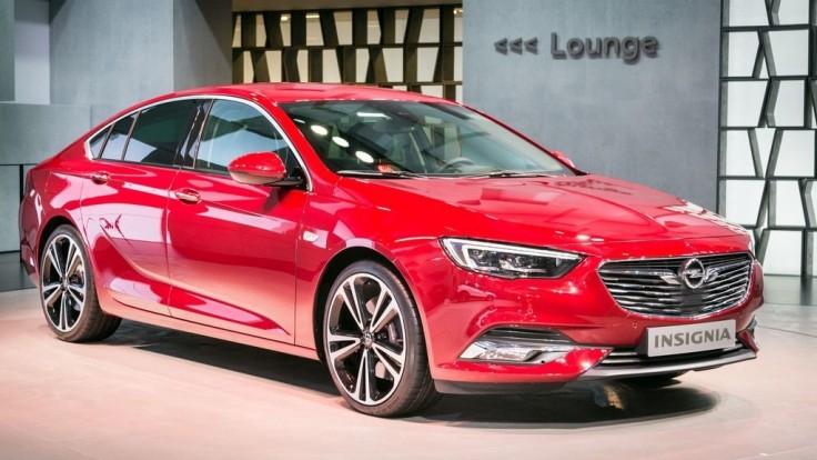 """Opel Insignia je nový """"švihák"""" v strednej triede"""