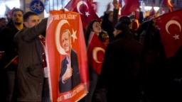 Turecko vracia Holandsku úder, prijalo sériu odvetných opatrení