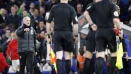 Zápas Manchestru a Chelsea sa odohrával v napätej atmosfére