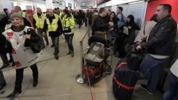 Letieť z Berlína môže byť komplikované, dve letiská štrajkujú
