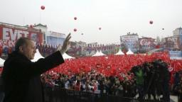 Turecko sa môže pripravovať na reálnu vojnu, obáva sa analytička z UK